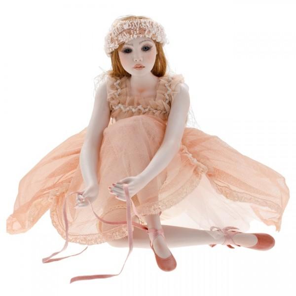 Кукла фарфоровая «Карла»