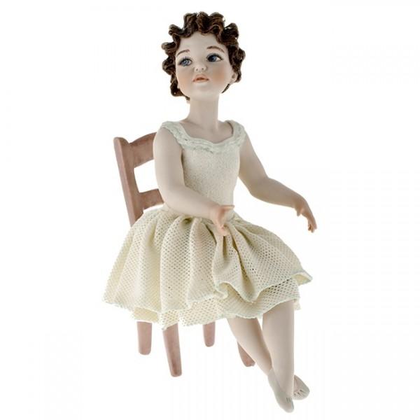 Фарфоровая кукла «Заира»