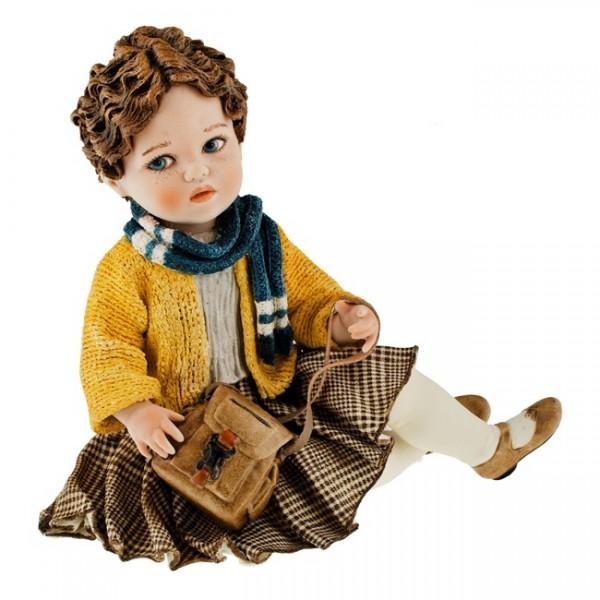 Фарфоровая кукла «Лара»