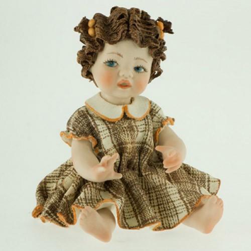 Фарфоровая кукла «Валентина»