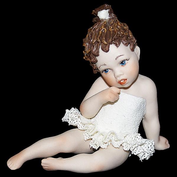 Фарфоровая кукла «Маленькая балерина»
