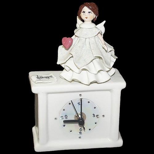 """Часы  """"Ангел с сердцем"""""""