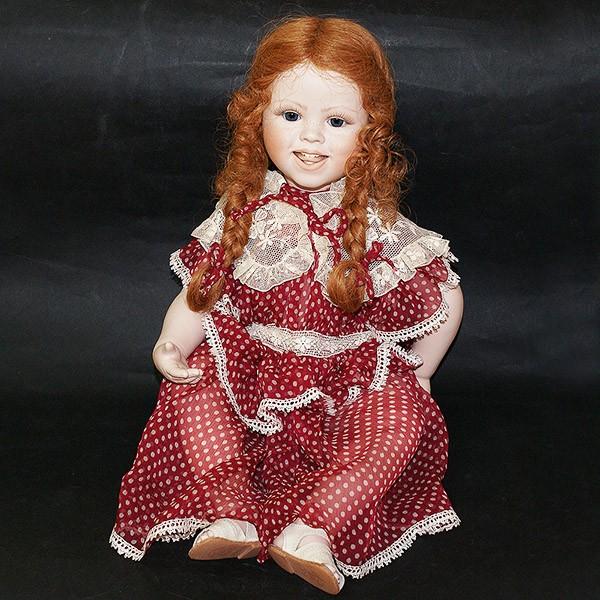Кукла фарфоровая «Мелисса»