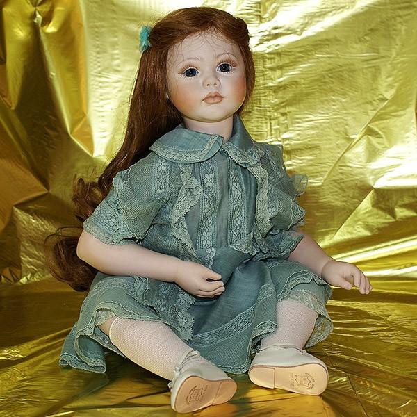 Кукла фарфоровая «Матильда»