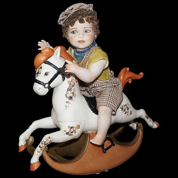 Фарфоровая статуэтка «Маленький всадник»