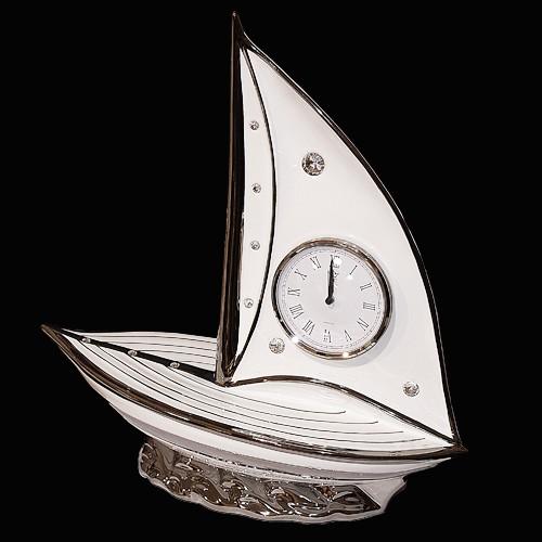 Часы «Парусник»