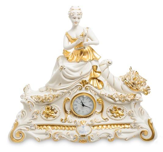 Фарфоровые часы «Рог изобилия»